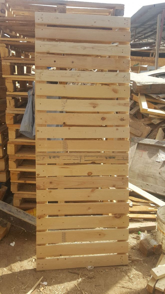 Wall Wooden Pallets For Sale In Dubai-0555450341