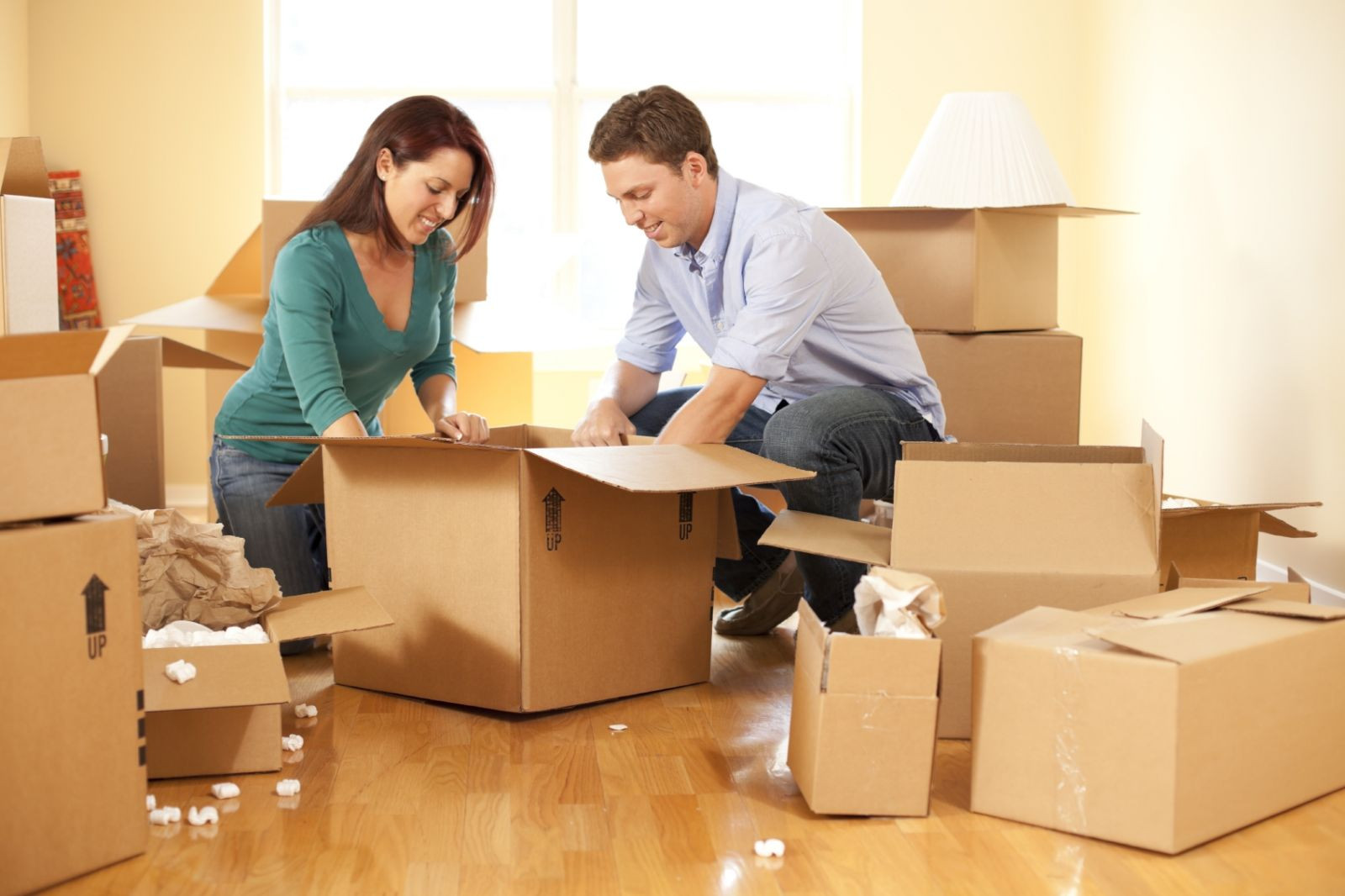 Home relocation in Abu Dhabi: the 10 Essential Packing Items to Pack Your House Professionally