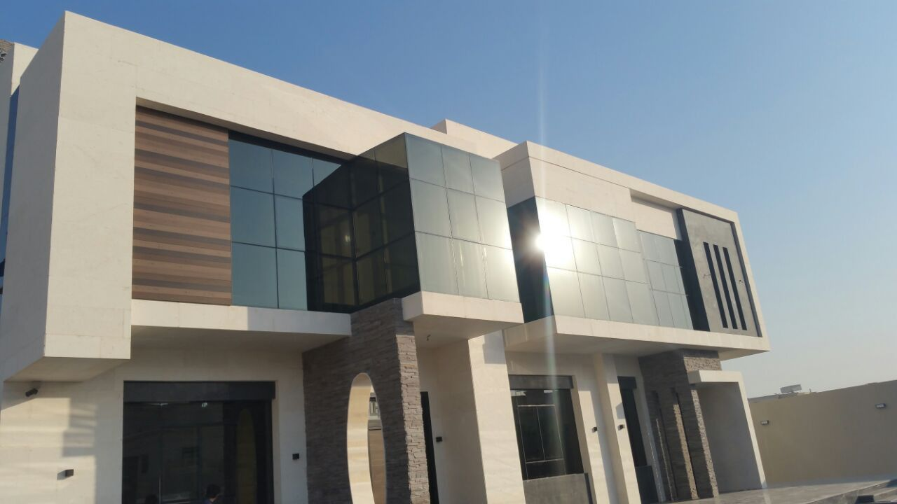 Aluminum Curtain Walls in Abu Dhabi