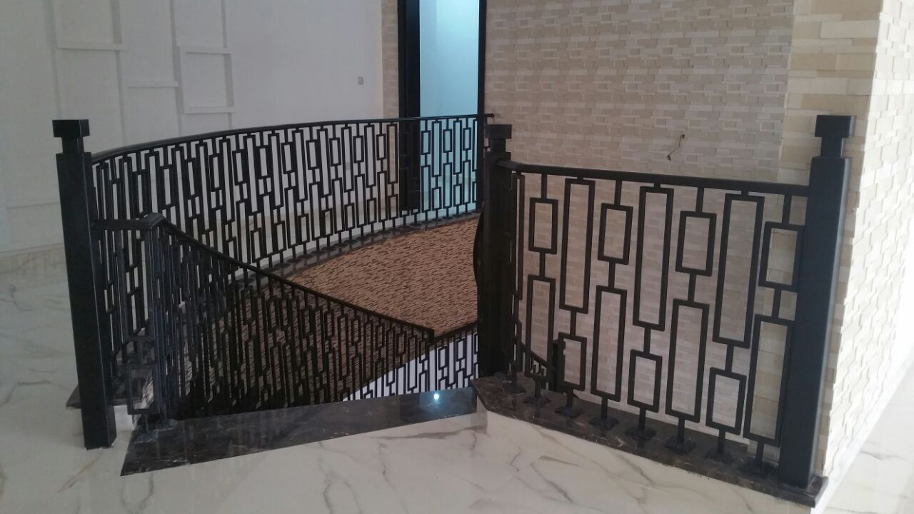 Iron Handrails for Staircase- Pure Italian
