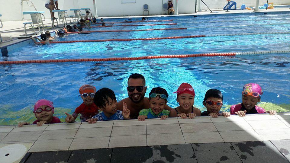 أكاديمية مودرن لتعليم السباحة 6