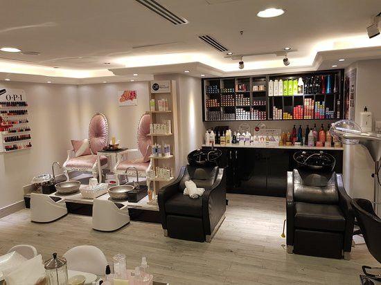 Victoria Spa And Salon  1