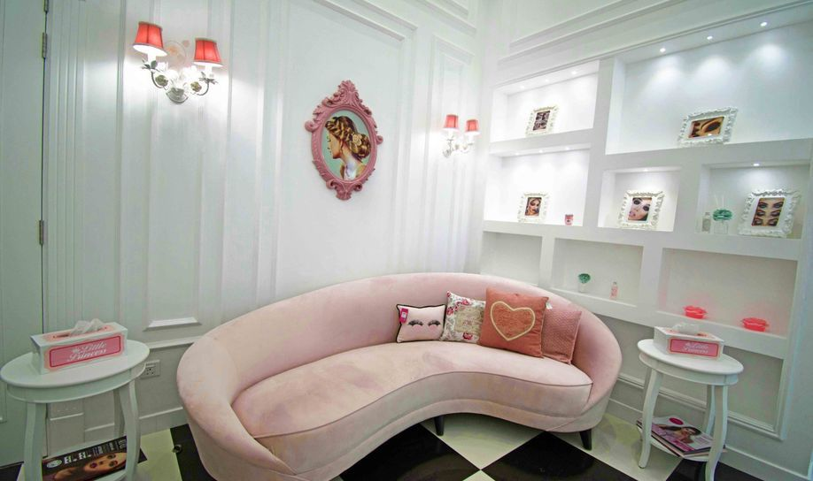 Princess Lounge Ladies Salon 2