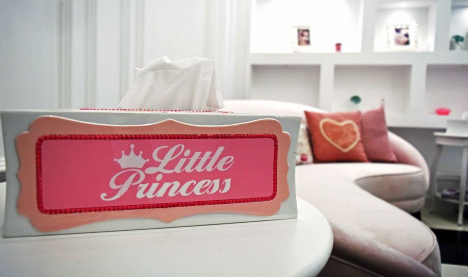 Princess Lounge Ladies Salon 6