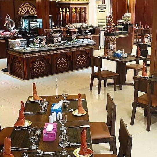Al Dhafra Restaurant  5