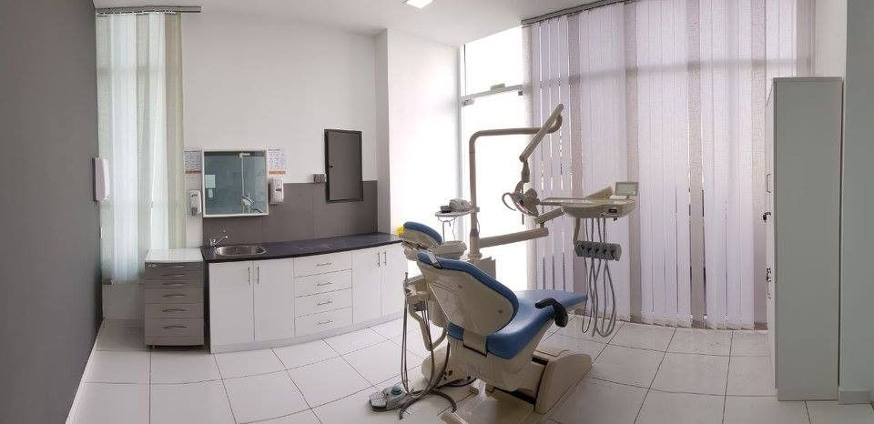 Dr. Vipin Orthodontic And Dental Clinic 3