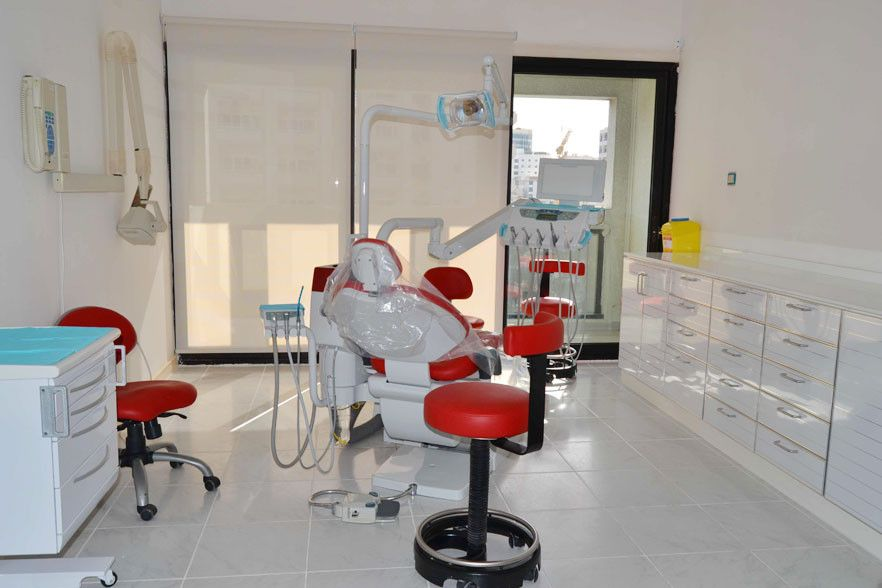 Whiteline Dental Clinic 0