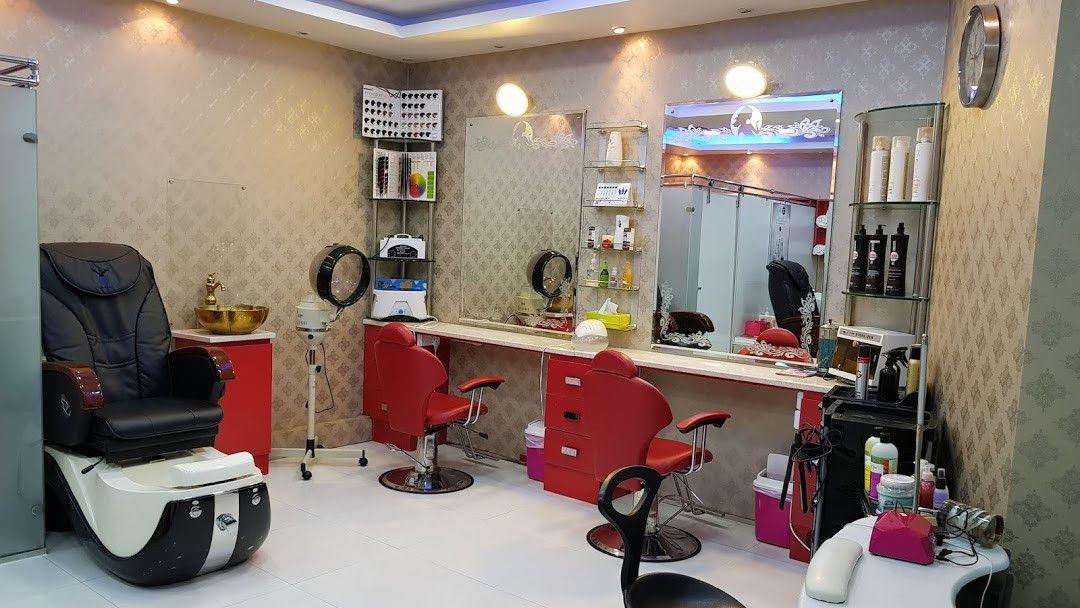 Cloud Nine Beauty Salon 0