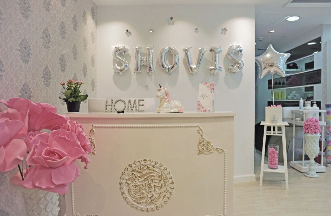SHOVI'S BEAUTY LOUNGE 0