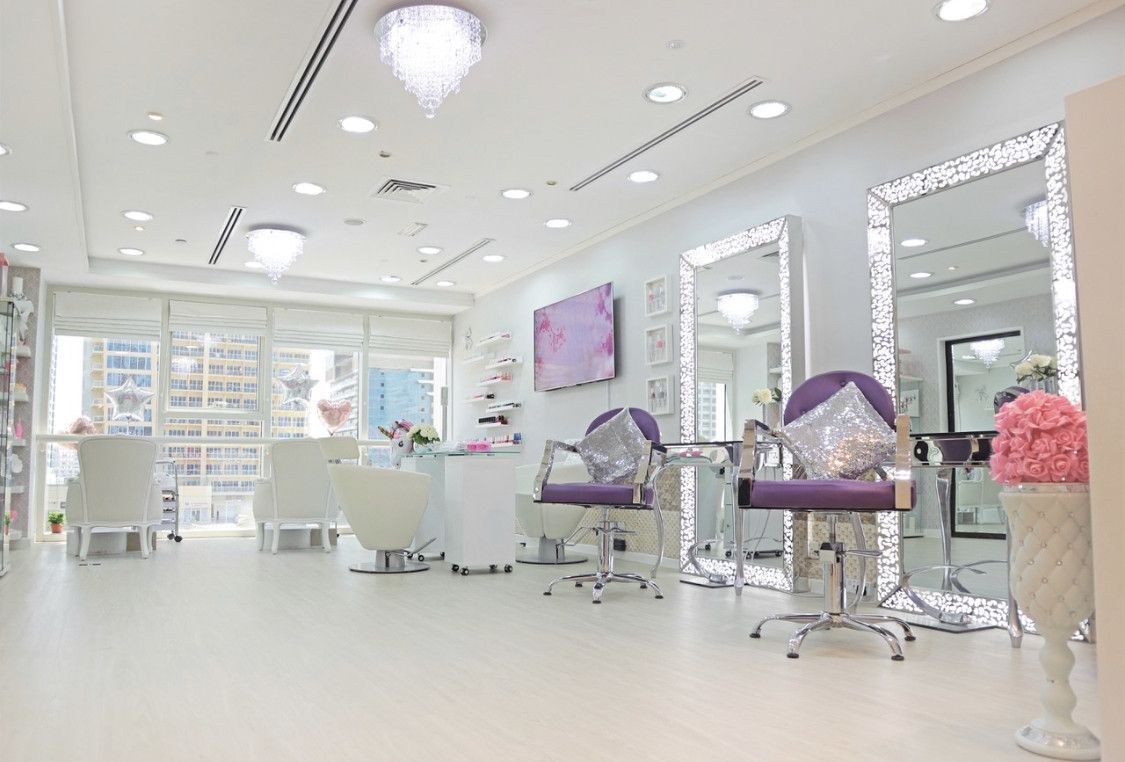SHOVI'S BEAUTY LOUNGE 5