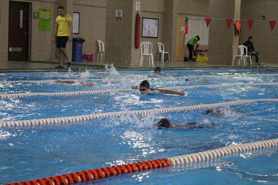 اكاديمية جاتورز للسباحة 0