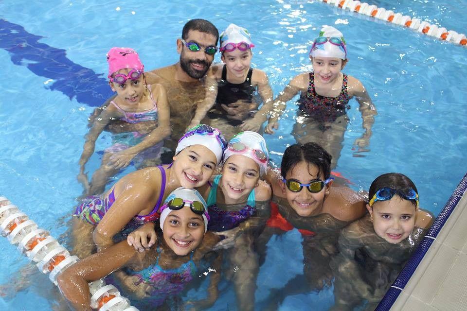 اكاديمية جاتورز للسباحة 3