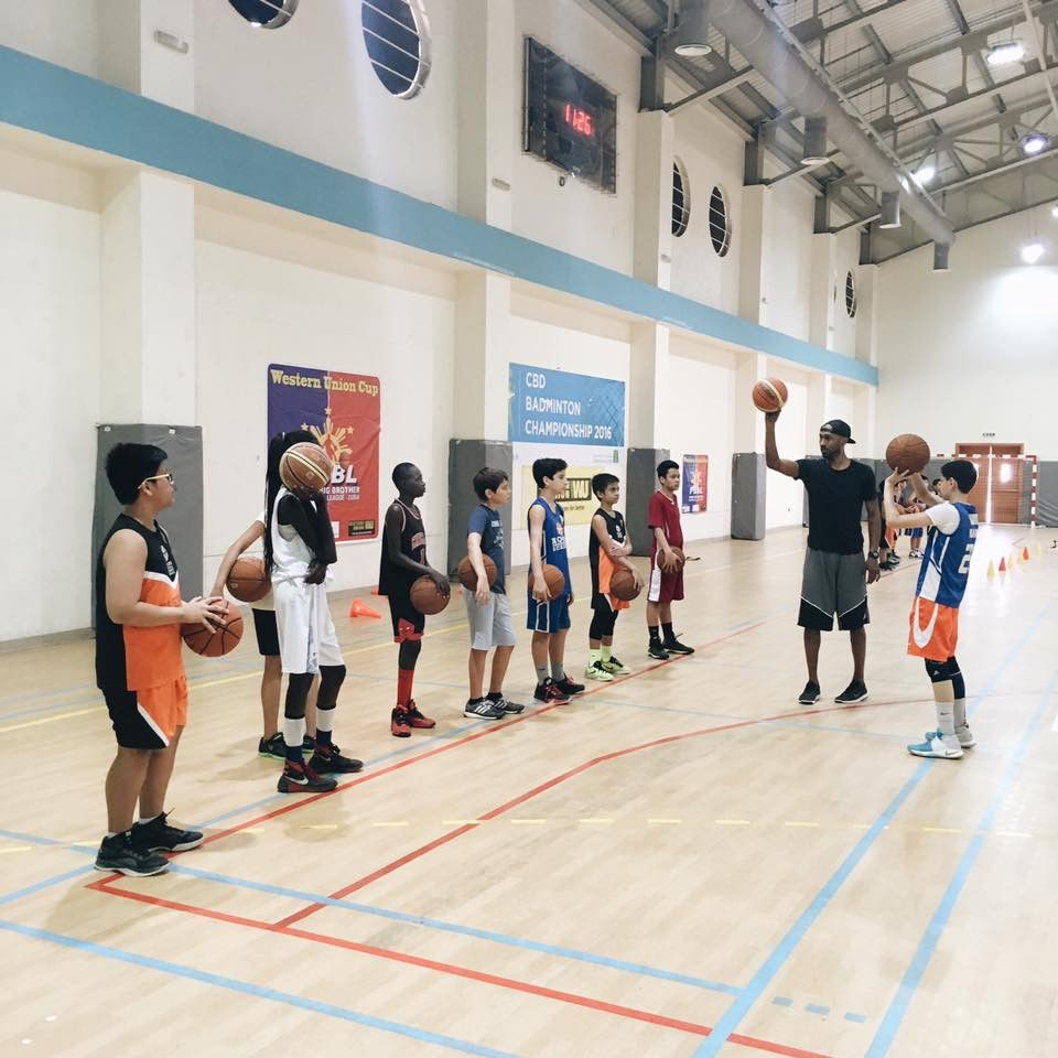 Hoops Basketball Academy 0