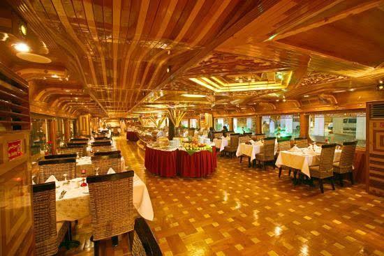 Rustar Floating Restaurant  0
