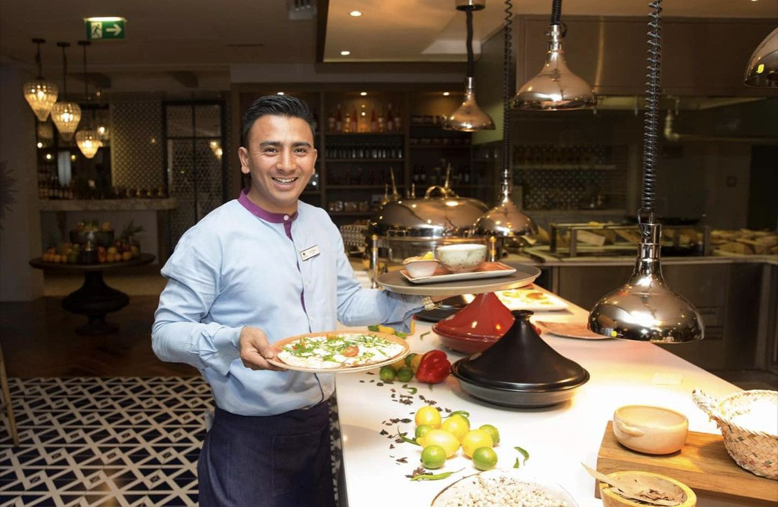 Al-Maeda Restaurant  7