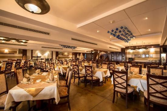 Al Qasr Restaurant 0