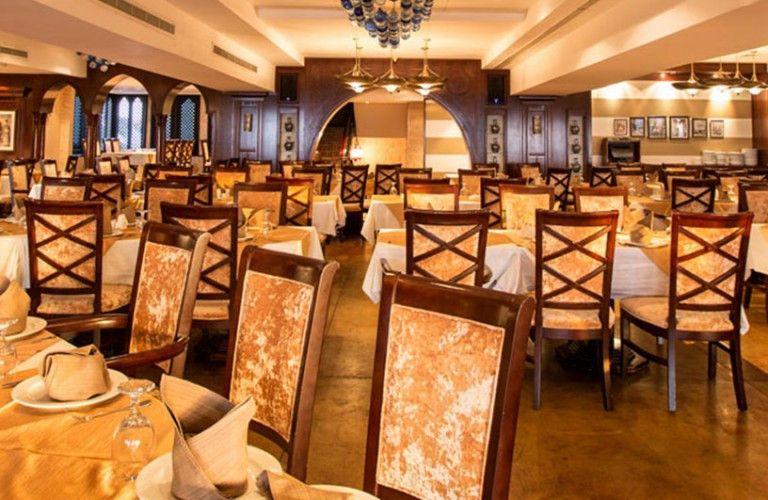 Al Qasr Restaurant 4
