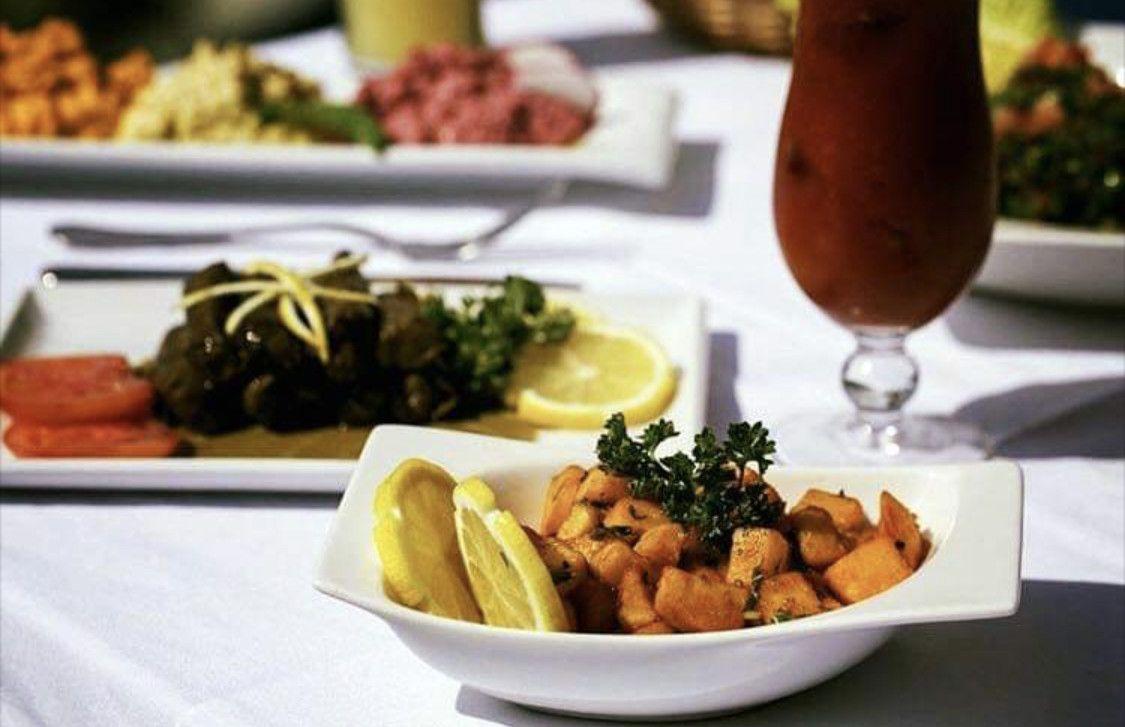 Al Qasr Restaurant 11