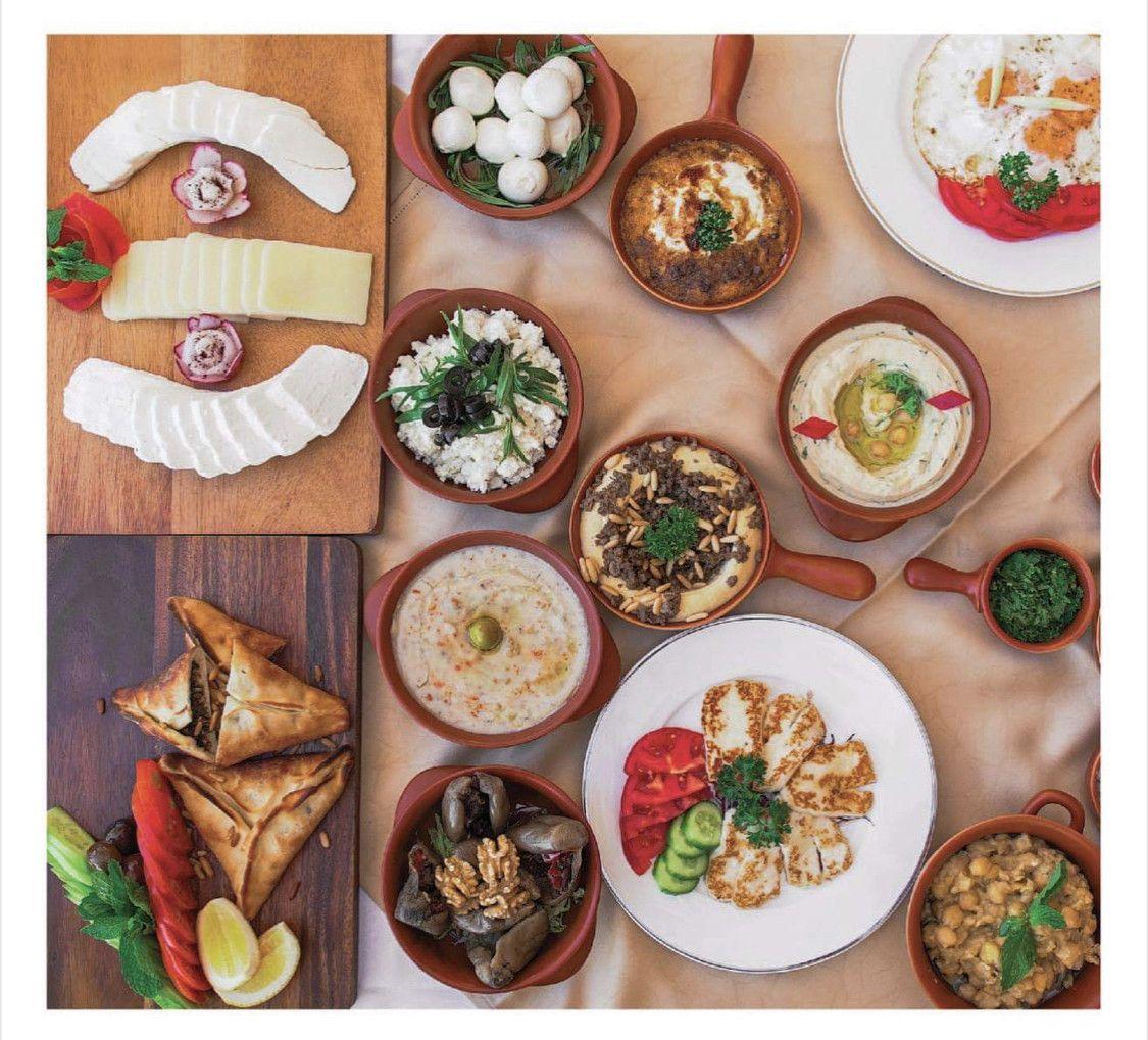Al Qasr Restaurant 15