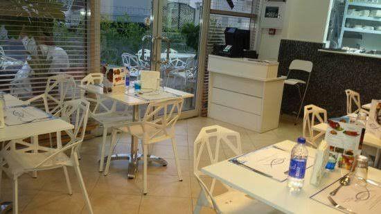 MotaFish Restaurant 8